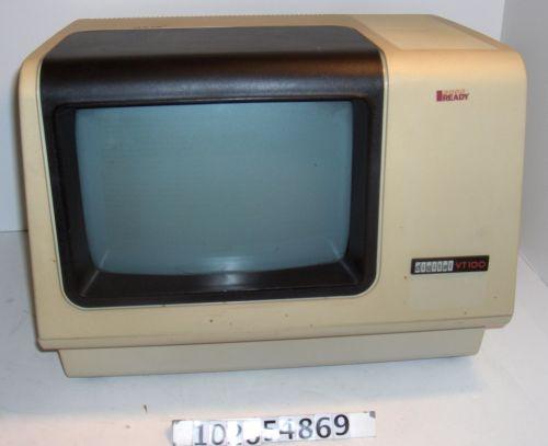 VT100 terminal   102654869   Computer History Museum