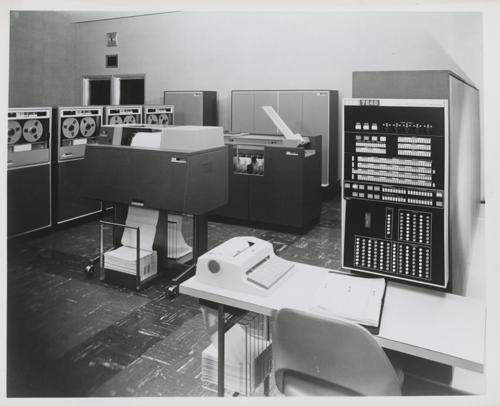 IBM 7040 ile ilgili görsel sonucu
